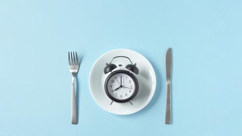 食事の時間、飲食店の営業時間など