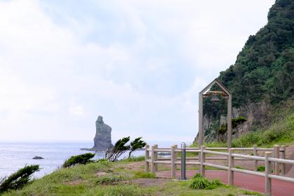 聳え立つ立神岩の美しい風景