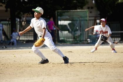 少年野球内野手