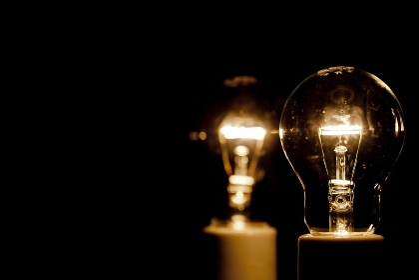 電球とフィラメント