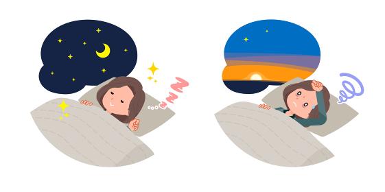 安眠・不眠のチュニック中年女性のセット