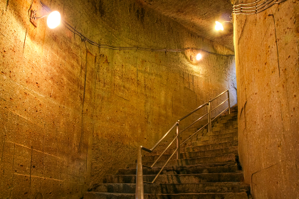 大谷石の地下採掘場跡(宇都宮市・栃木)