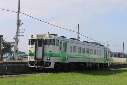 浦臼駅キハ40